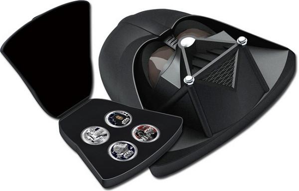 2011年 スターウォーズ2ドル銀貨4種セット ダース・ベイダー型ケース1